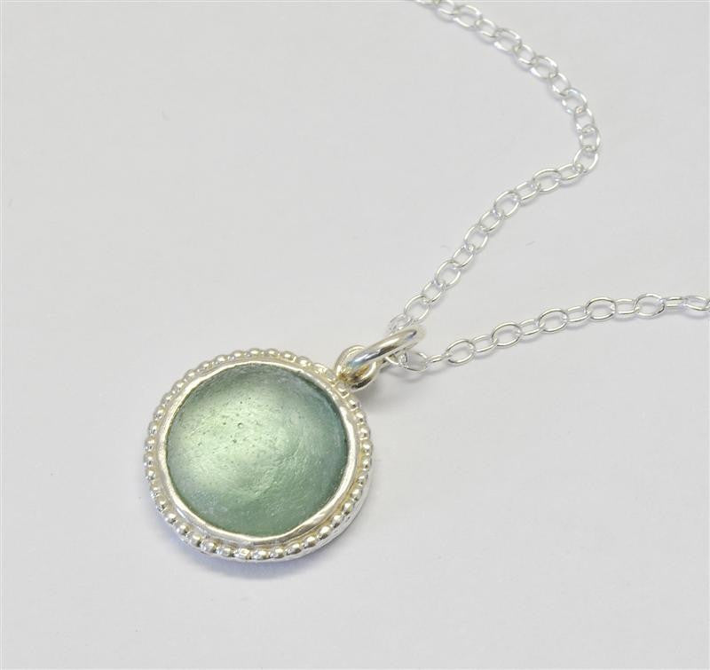 Studded Edge Round Washed Roman Glass Necklace