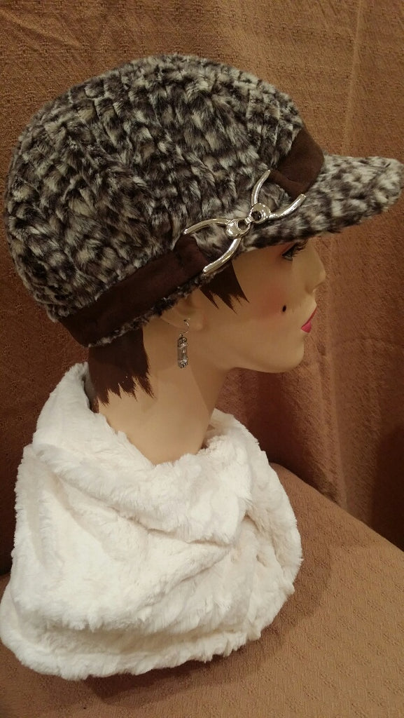 Cobblestone Luxury Faux Fur Valerie Hat with Buckle: Size Large