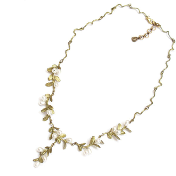Boxwood Chain Necklace by Michael Michaud