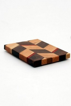 "Small Checkered Trivet in Cherry - Size 3""x4"""