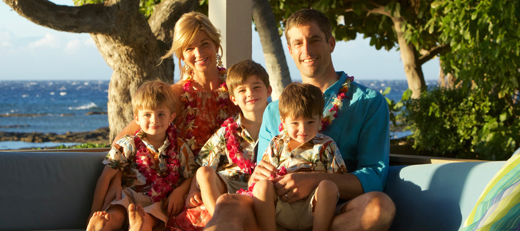 Elizabeth Hynes and Family on Vacay in Hawaii