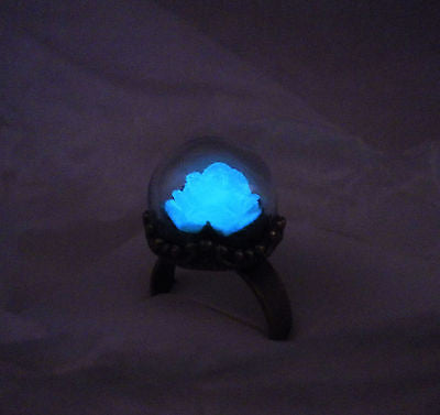 Enchanted Rose Ring - Glow in the Dark Ring - Glowing Rose - Vintage Antique Bronze Ring - Soul Shards