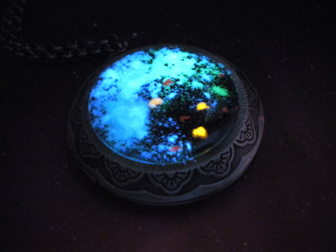 Glow Galaxy Map Pendant - Mass Effect - Glow in the Dark Locket Necklace - Soul Shards