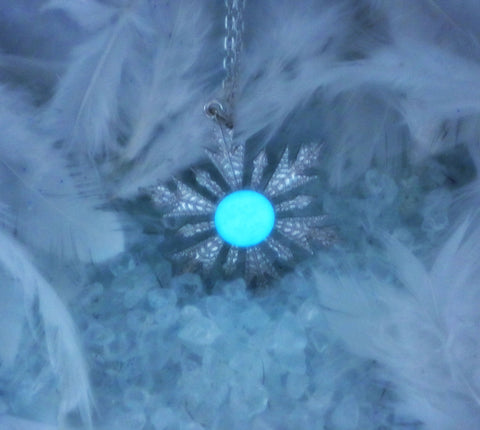 Anna Elsa Frozen Snowflake Glow in the Dark Necklace Once Upon a Time Jewelry - Soul Shards