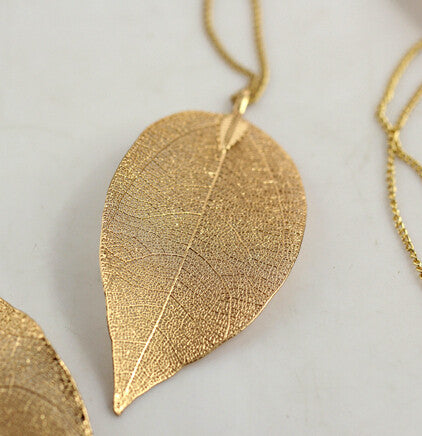 Fashion Hot Sales Golden Leaves Long Pendant & Necklace - Hespirides Gifts