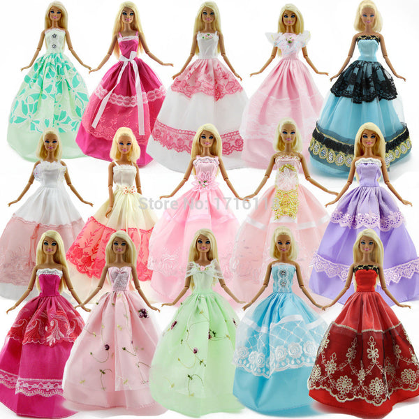 Lot 15 Pcs = 10 Pairs Of Shoes & 5 Wedding Dress Party Gown Princess Cute Outfit Clothes For Barbie Doll Girls' Gift Random Pick - Hespirides Gifts