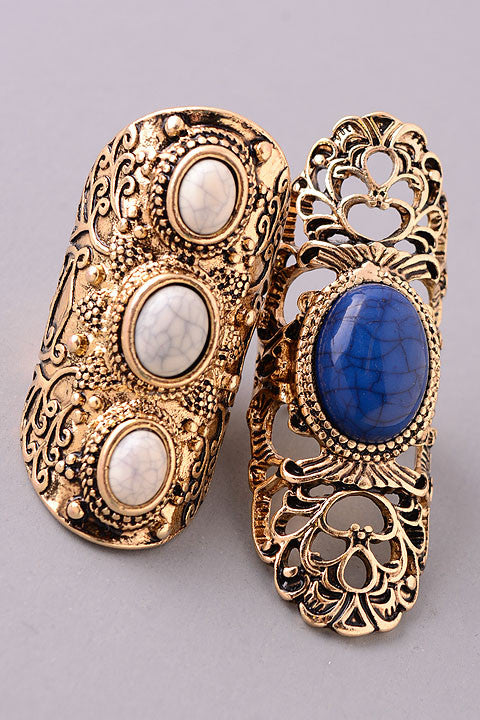The Antique Filigree Ring Set in Gold