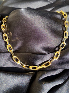 18k Chain Link Necklace in Gold