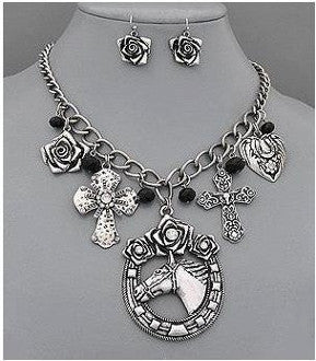 #JE0041 Jewelry set / Ensemble collier et boucles oreilles
