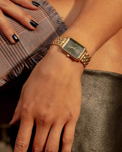 The Elles Watch / Gold Bracelet & Black