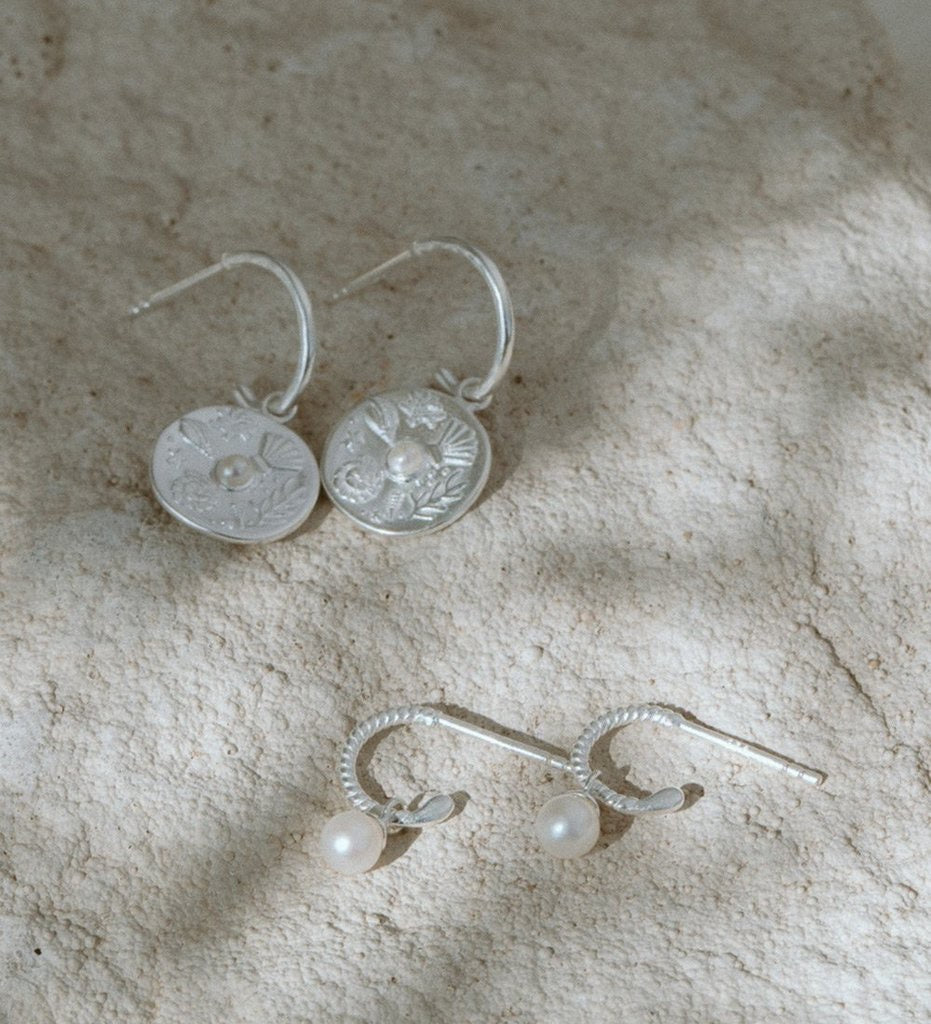 Tiny Pearl Hoops / Silver