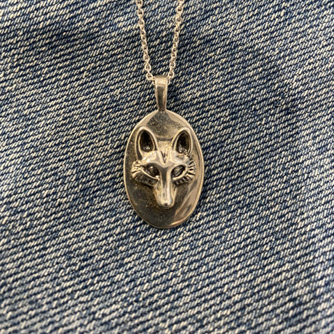 Fox pendant in Sterling silver.