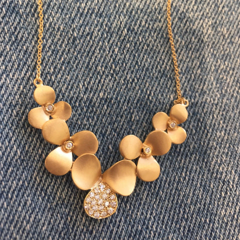 Flower cluster necklace
