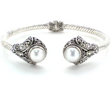 Freshwater pearl hinged cuff