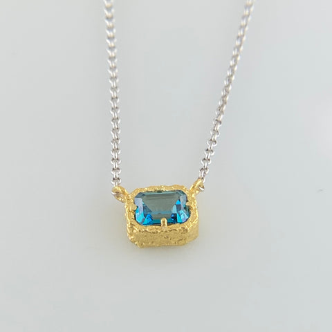Anna Blue Topaz Nugget Necklace