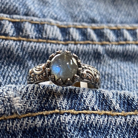 Labradorite ring in Sterling