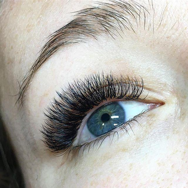 Lash Tip: Mapping - TheLashChickPro