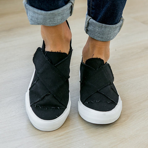 NEW! Ivette Criss Cross Black Slip on Sneaker