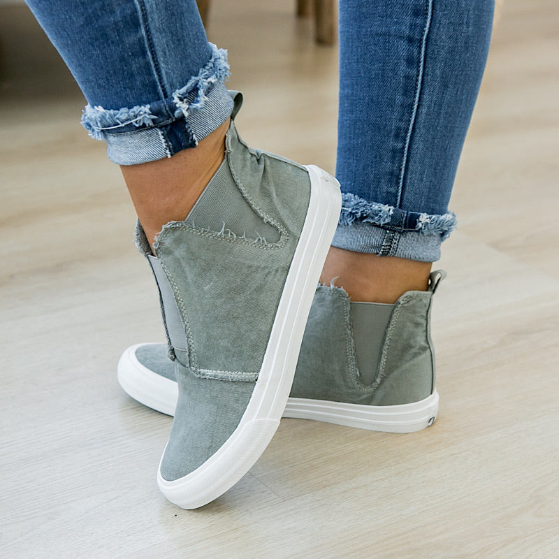 NEW! Gypsy Jazz Frankie Sneaker - Gray - Arrow Twenty Two