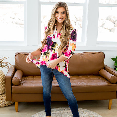 NEW! Karina Bright Floral 3/4 Sleeve Blouse