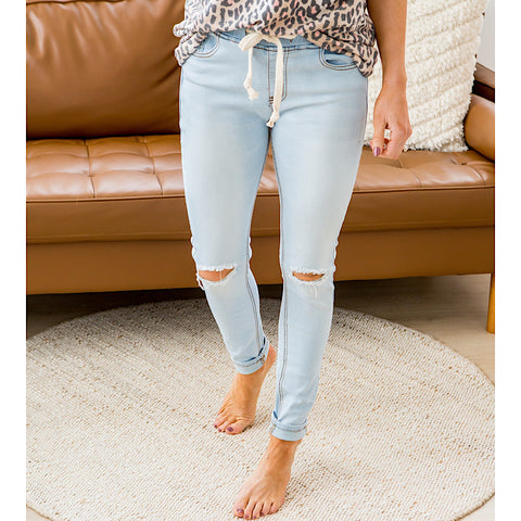 NEW! Andrea Light Denim Jogger Jeans - Arrow Twenty Two