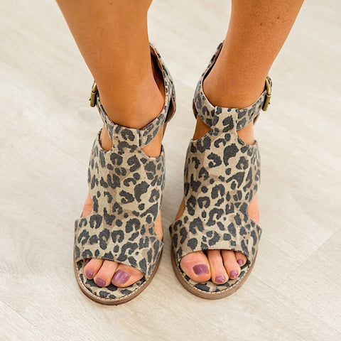 NEW! Very G Adira Wedge Sandal - Leopard
