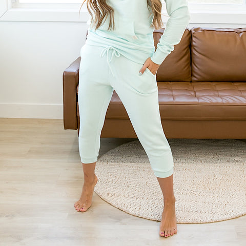 NEW! Mint Capri Joggers