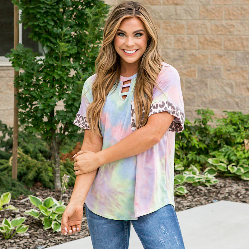 Jackie Faded Tie Dye Keyhole Top with Leopard Details - Arrow Twenty Two