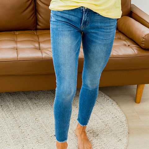 NEW! Vervet Amber Non Distressed Jeans