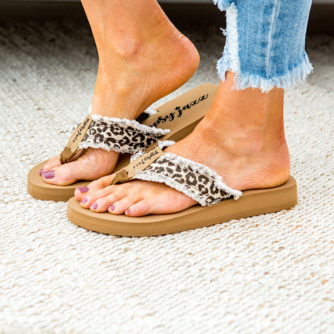 NEW! Gypsy Jazz Flip Flop Sandal - Cream Leopard