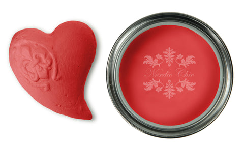 Nordic Chic Furniture Paint - Christmas Red