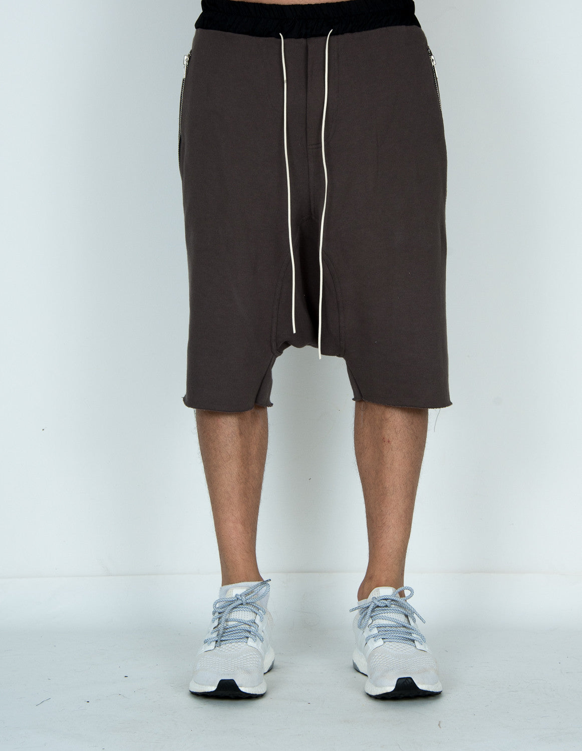 Zipper Pleated Dropp Shorts CHARCOAL