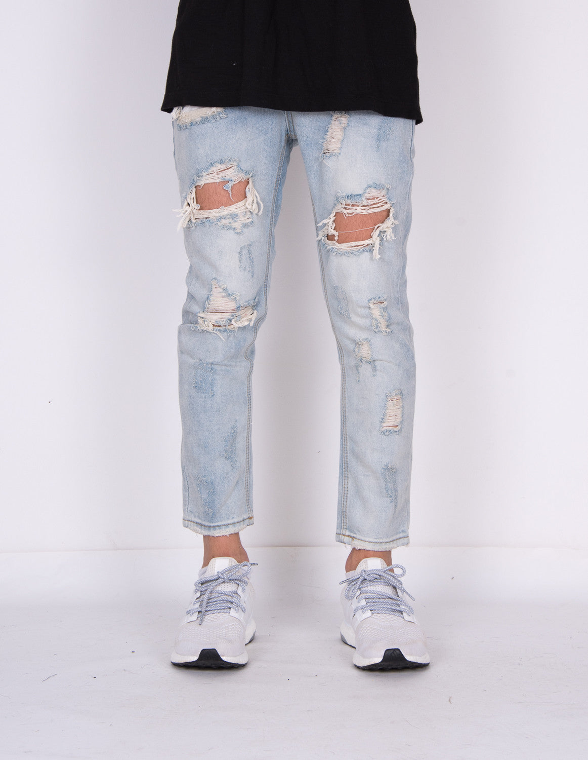 Destroyed Ripped Natural Vintage Light Blue Denim Jeans