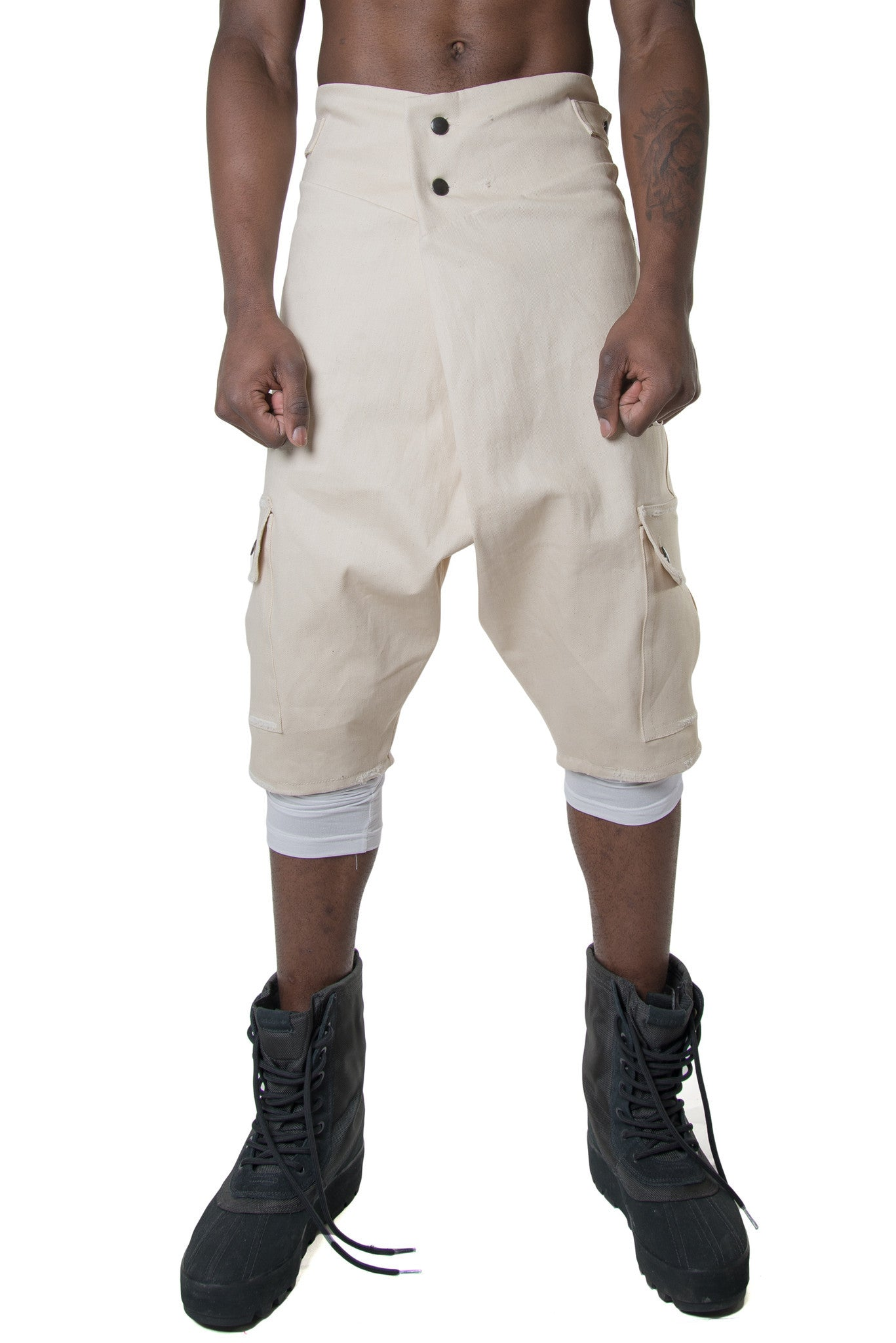 WAVE WRAPPED SHORTS - BEIGE