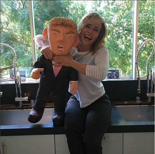 Chelsea Handler bashes her Donald Trump Pinata
