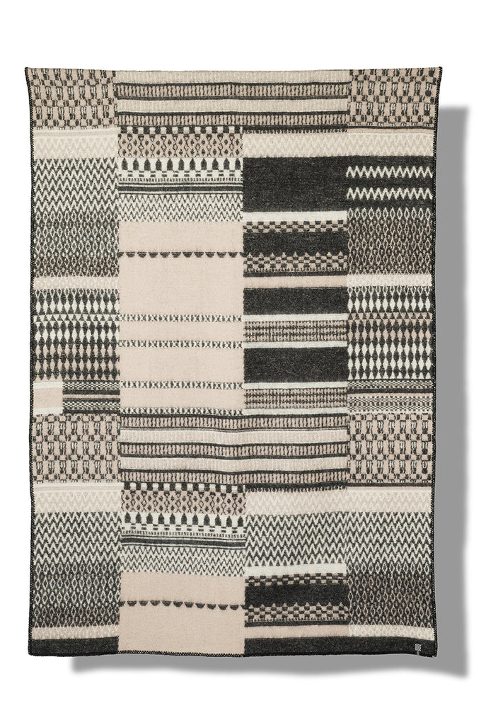 Patchwork col. black&white Wool Blanket by Michele Rondelli