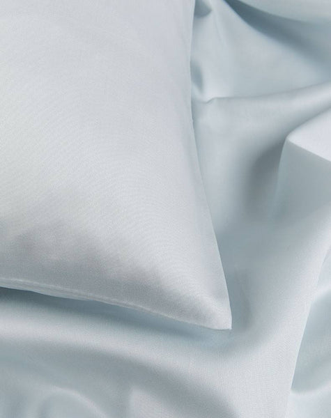 Egyptian Cotton Sateen Duvet Covers - Light Blue Egyptian Cotton Sateen Duvet Covers / Pillows