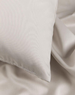 Egyptian Cotton Sateen Duvet Covers - Light Grey Egyptian Cotton Sateen Duvet Covers / Pillows