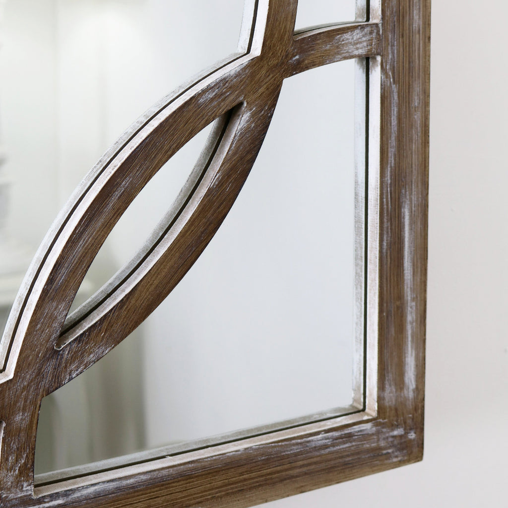 The contemporary detailing of this mirrors distinctive border.