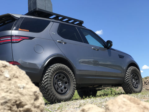 2017 Land Rover Discovery Off Road Lifted Tires