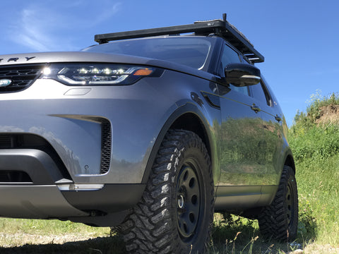 2017 Land Rover Discovery Off Road