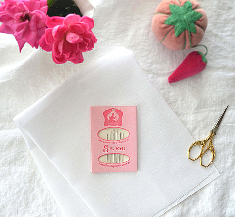 Sajou Pink Tapestry Needle Booklet