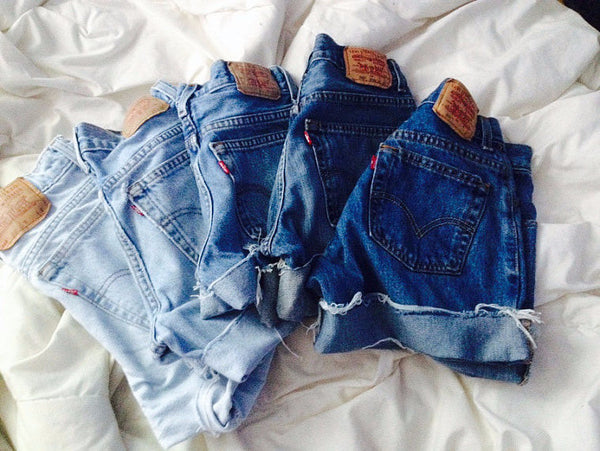 Levi shorts Washes