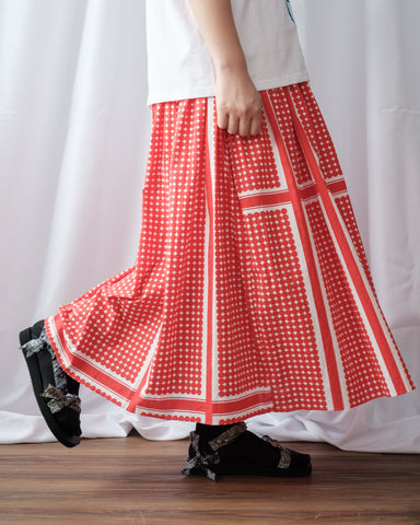 Dot Pattern Skirt (Red)