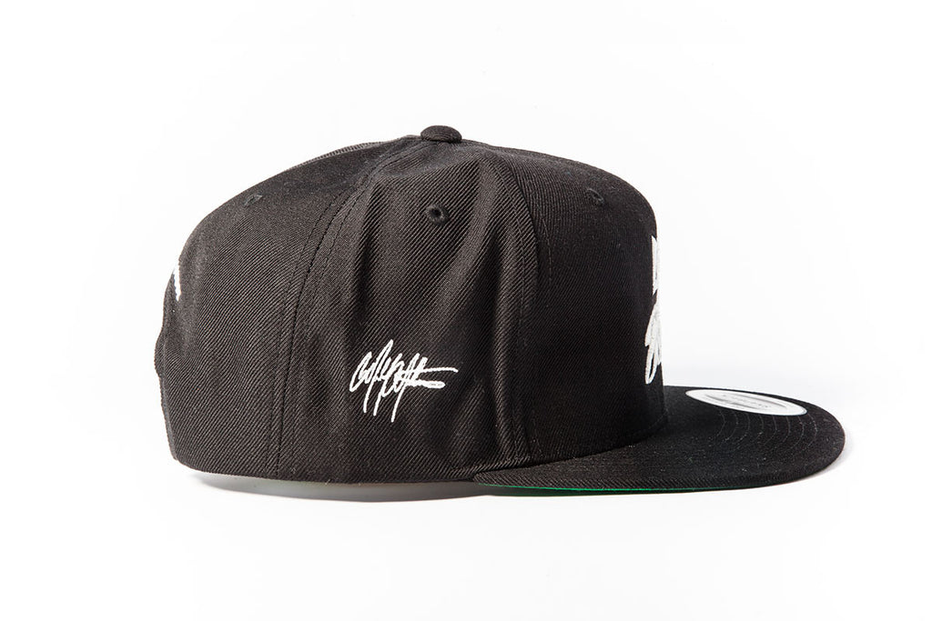 Like Ah Boss Snapback - White/Black