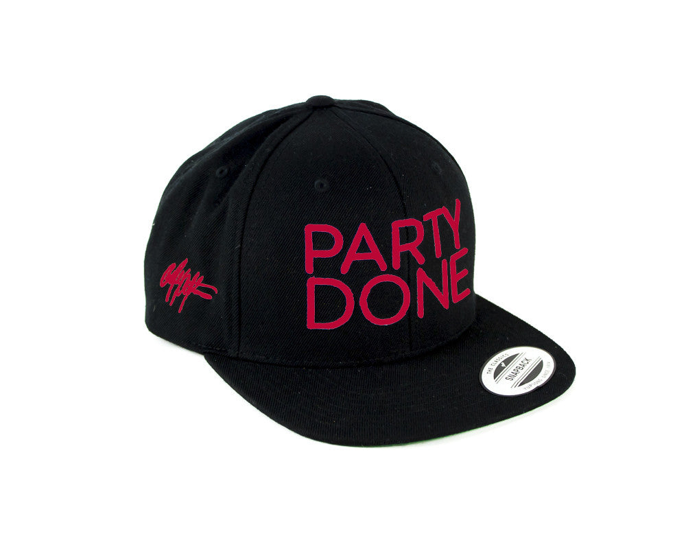 Party Done Snap Back Black/red