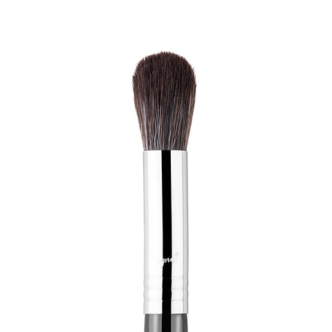SIGMA BEAUTY | F64 Soft Blend Concealer Brush