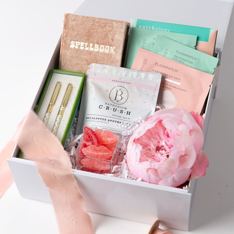 b-b-gift-bar-the-hugs-kisses-love-box