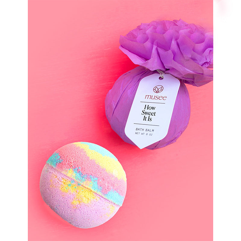 musee-bath-how-sweet-it-is-bath-bomb