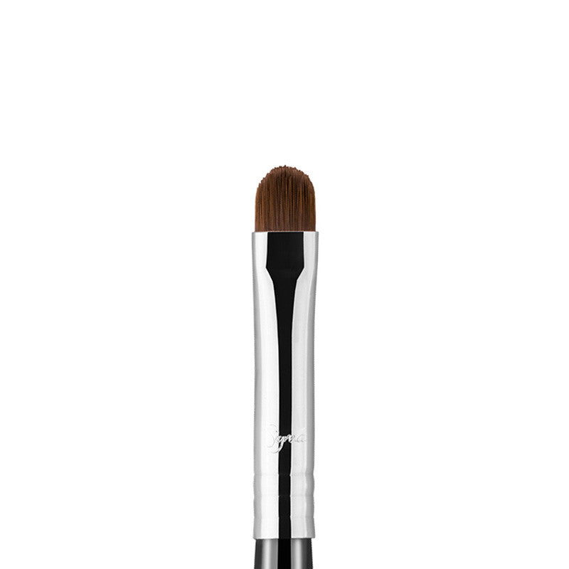 sigma-beauty-l05-lip-brush